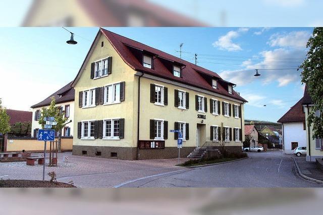 Altes Schulhaus steht zum Verkauf
