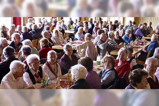 Nachmittag für Senioren interessant und kurzweilig
