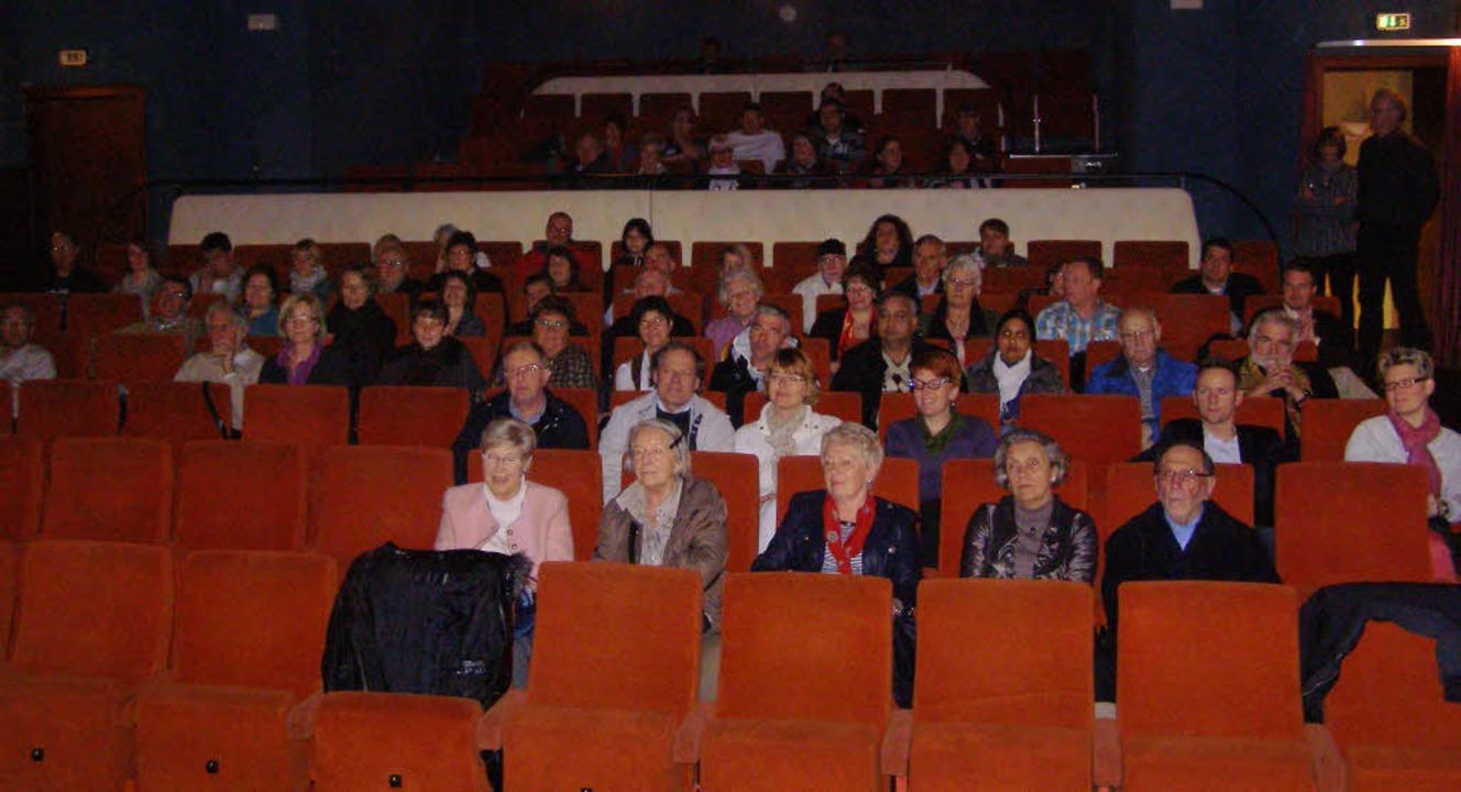 Rund 70 Interessierte verfolgten die V...tagmorgen aber leer im Krone-Theater.   | Foto: Liane Schilling