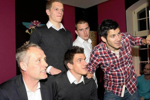 SC Freiburg feiert mit Spontanparty den Klassenerhalt