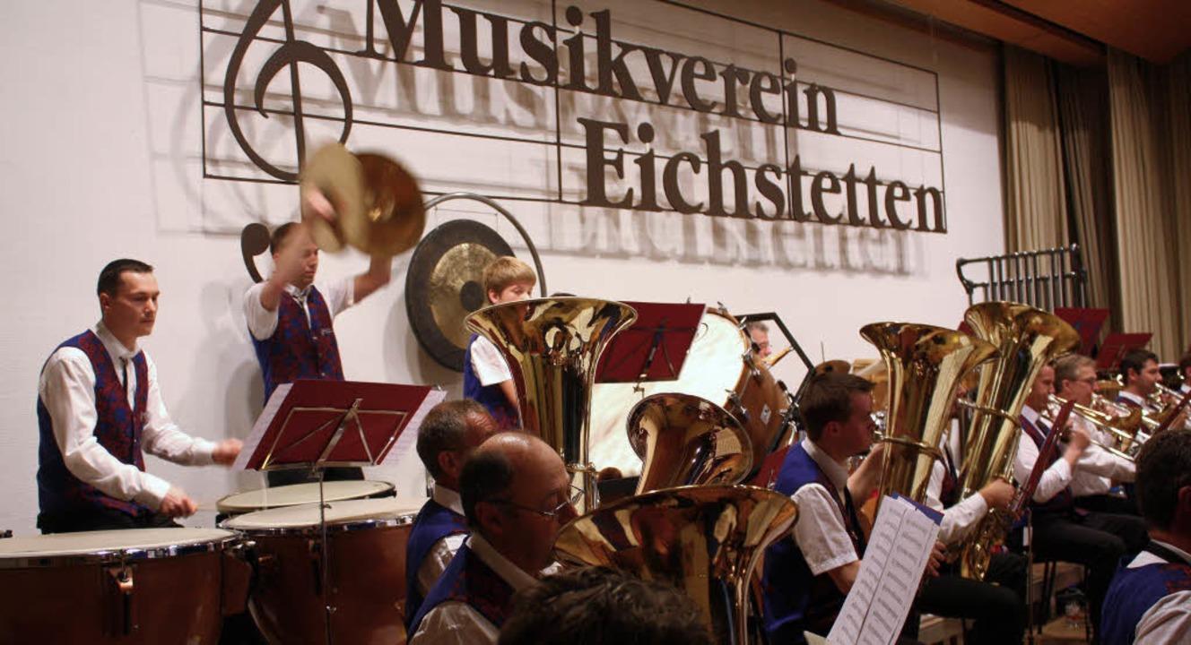 Voll ins Zeug legten sich die Eichstetter Musiker beim Frühjahrskonzert.   | Foto: christa rinklin