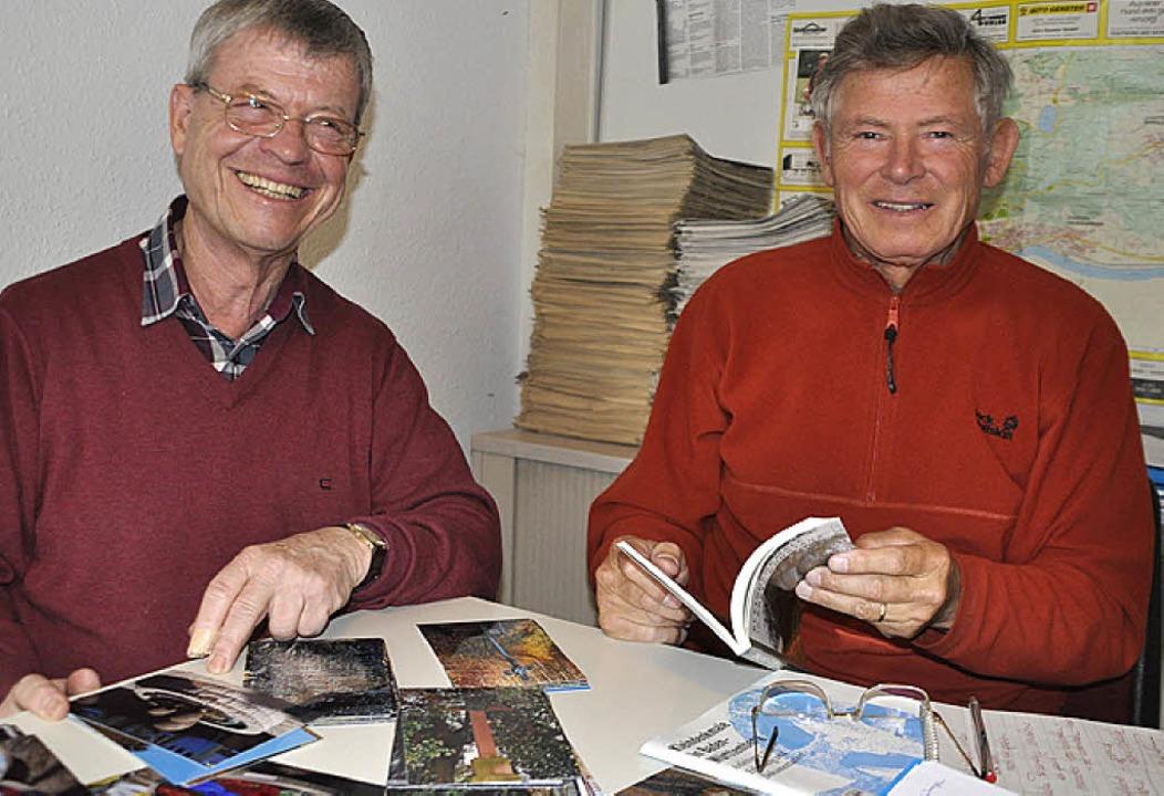 Dokumentieren die etwa 160 kleinen Kul... Braun (links) und Gottfried Nauwerck   | Foto: Elisabeth Willers