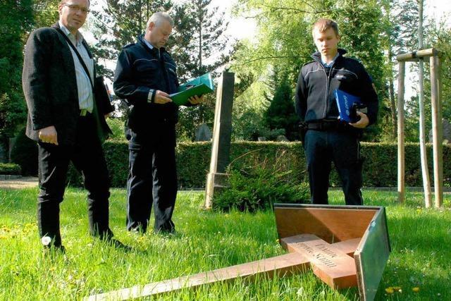 Unbekannte schänden Gräber von Ordensschwestern