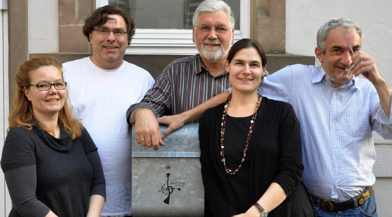 Im Vorstand wurde rotiert. Ihm gehören...cella Bantlin und Gerd Wernthaler an.   | Foto: Barbara Ruda