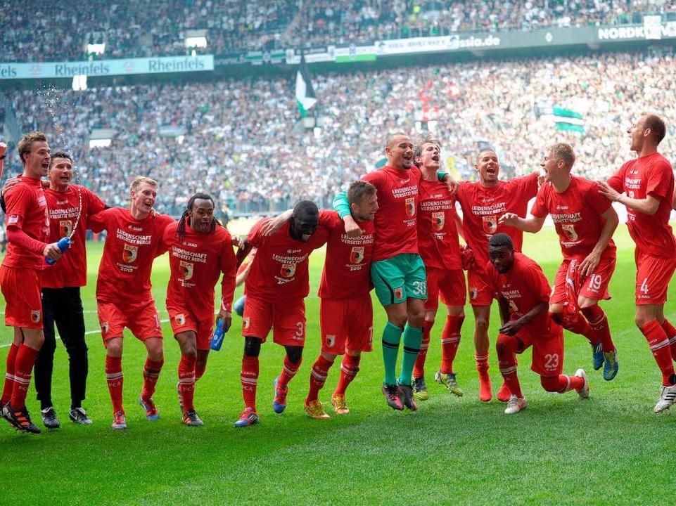 … der Aufsteiger aus Augsburg, d...chengladbach zum Ligaverbleib reichte.    Foto: dpa