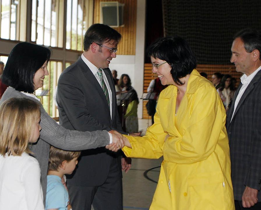 Glückwünsche durften Carsten und Heike... zwei ältesten Kindern entgegennehmen.  | Foto: Heidi Foessel