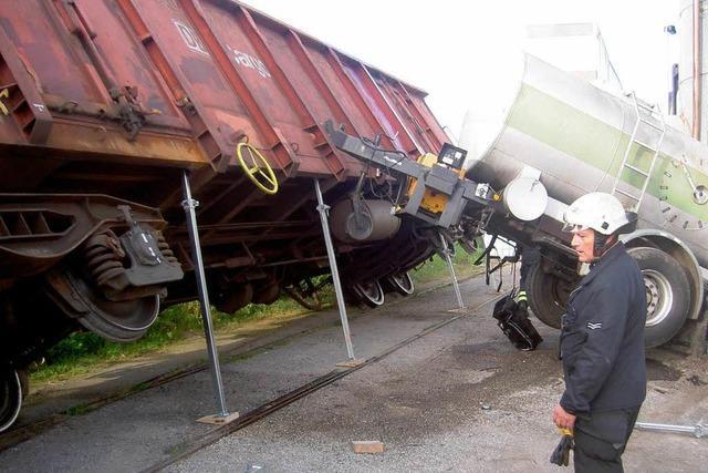 Rangierunfall auf Betriebsgelände – Waggon umgekippt
