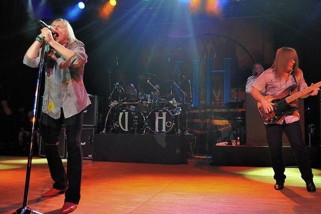 Uriah Heep und Nazareth begeistern Fans in der Stadthalle