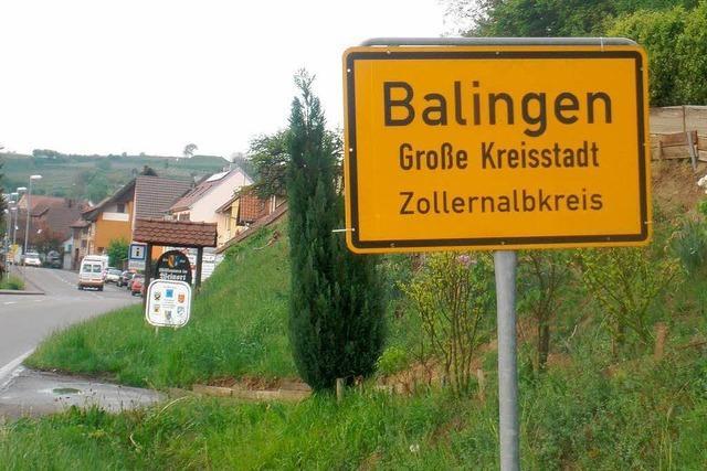 Bahlingen wird zu Balingen – Schildertausch über 120 Kilometer