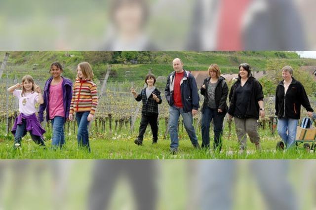 400 Wanderer genießen die Jechtinger Landschaft