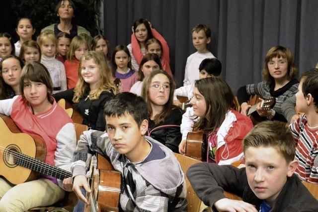 Bärenfelsschüler mögen ihre Gitarren