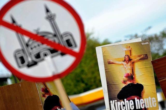Salafisten und Pro NRW: Fehden unter Extremisten