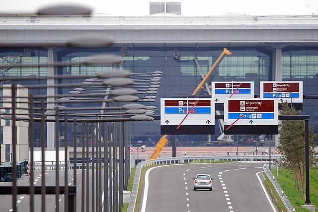 Berliner Flughafen darf noch nicht eröffnet werden