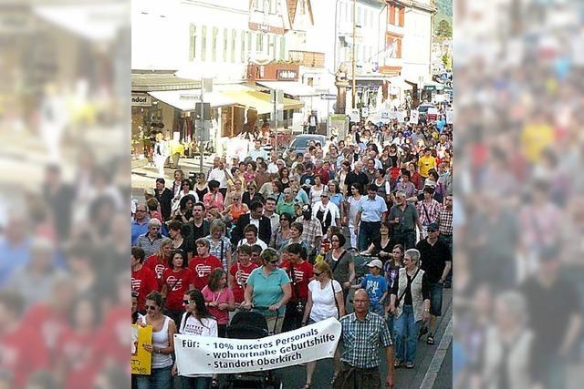 Protest gegen Schließung der Geburtshilfe