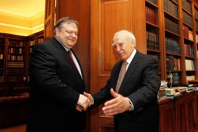 Letzte Hoffnung Papoulias – Präsident trifft Parteichefs