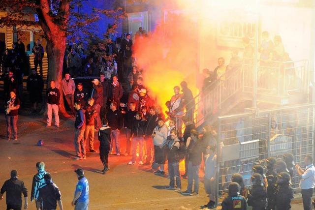 Dutzende Verletzte nach KSC-Abstieg – Neuanfang in Liga 3?
