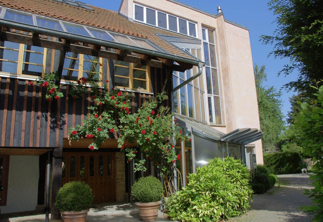 Die Akademiegebäude in Holzen   | Foto: LANGELOTT