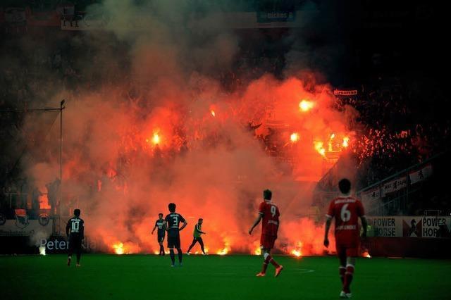 Düsseldorf - Hertha 2:2 - Relegation endet im Chaos