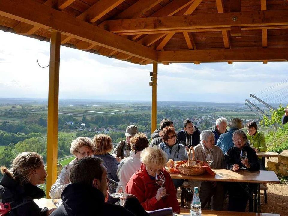 Weinprobe auf dem Castellberg    Foto: bz