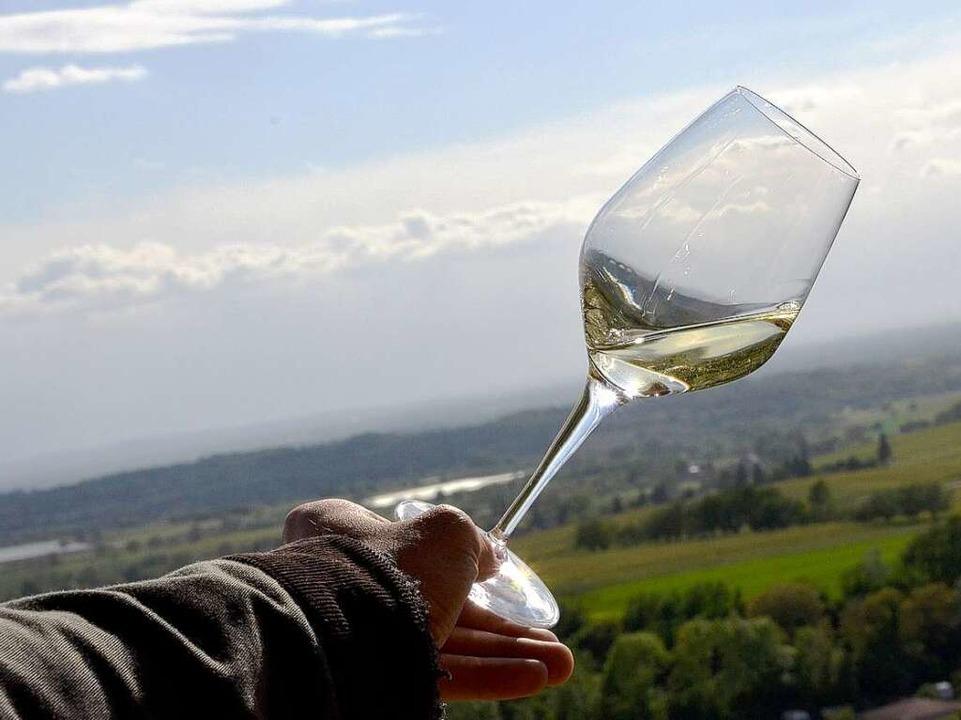 Impressionen von der Weinprobe    Foto: bz