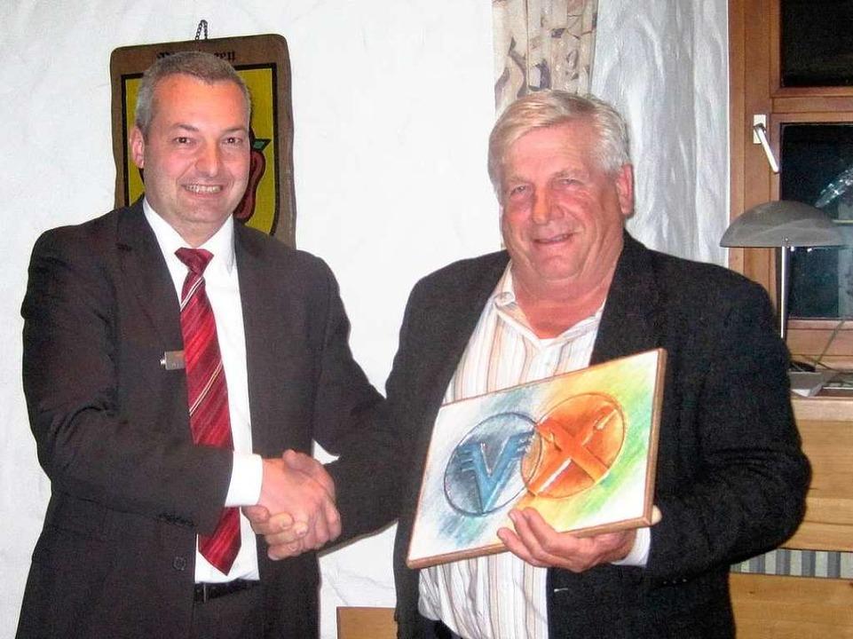 Bei der Hauptversammlung der Winzergen...insgesamt 40 Jahre Vorstandstätigkeit.  | Foto: privat