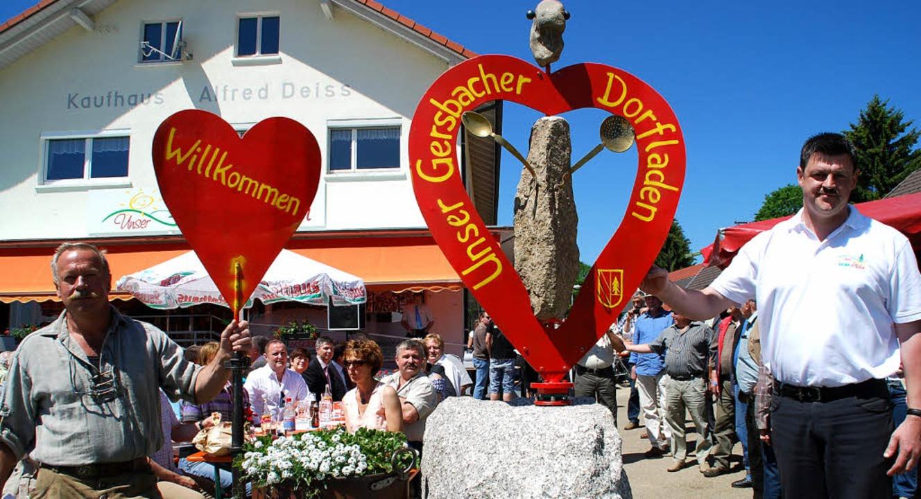 Eine Herzensangelegenheit war den Gers...insam im Rahmen des Eröffnungsfestes.   | Foto: Edgar Steinfelder