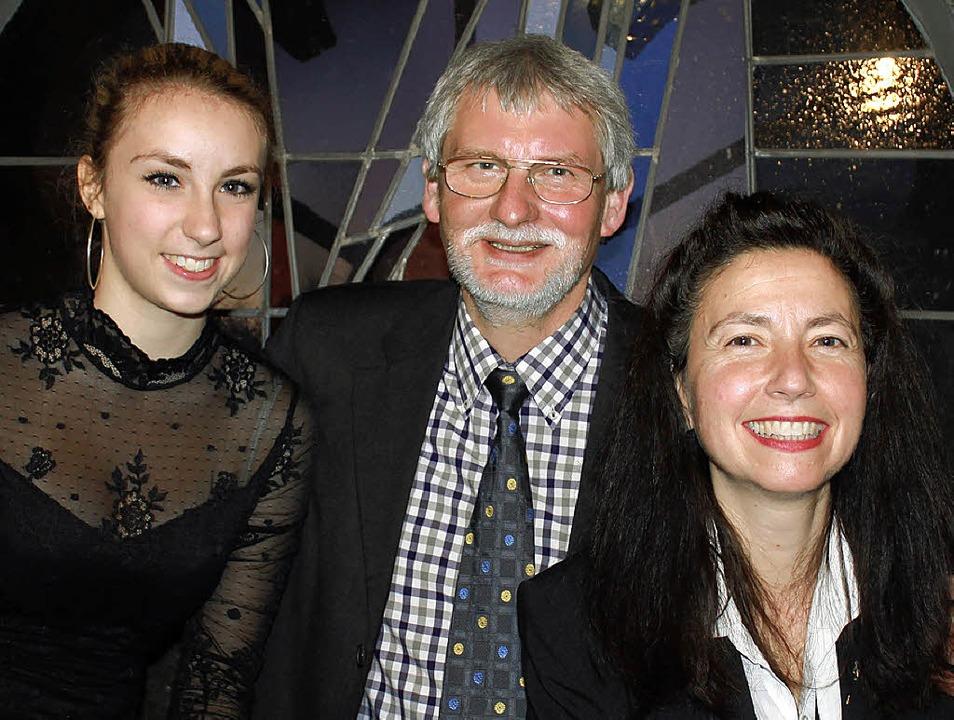 Die Querflötistin Sophia Liebwein sowi...sserrab und Franziska Rogg (von links)  | Foto: Cornelia Liebwein
