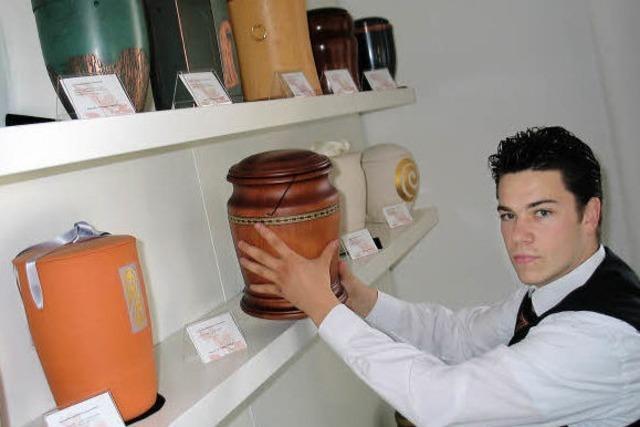Ausbildungsberuf Bestattungsfachkraft: Silvio Scaduto hat einen Beruf, der Pietät erfordert