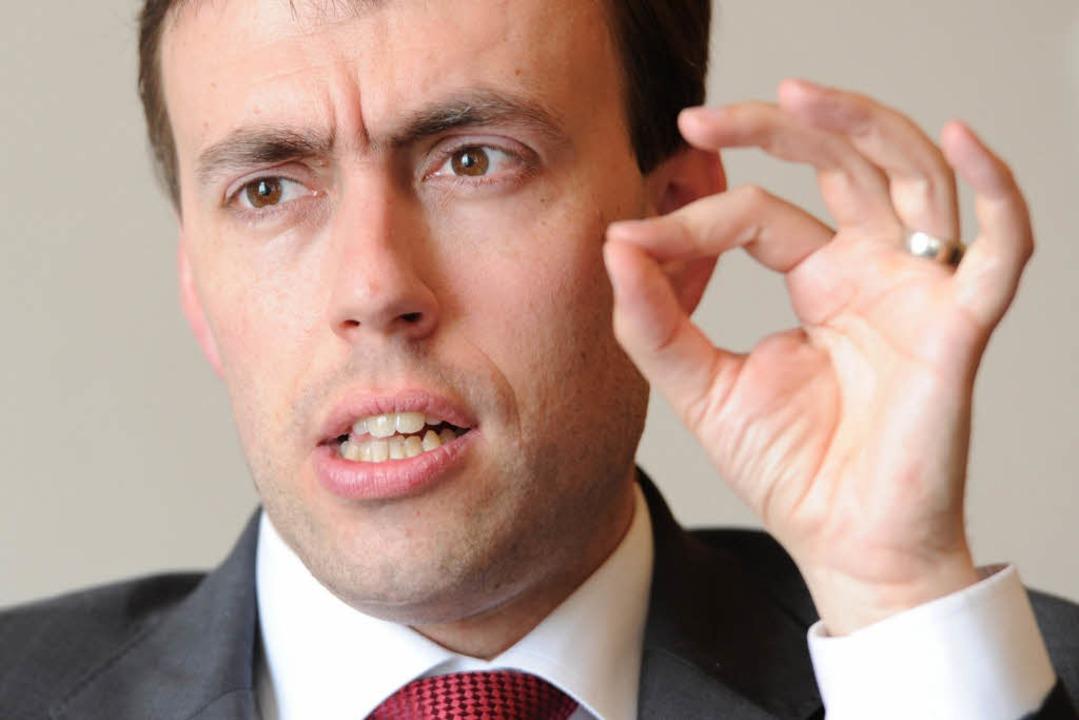 Baden-Württembergs Finanzminister Nils...id will Vermögenssteuer wiederbeleben.  | Foto: dpa