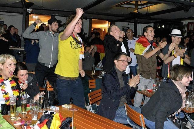 Fans fiebern gemeinsam