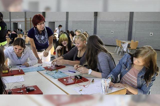 Praxis-Parcours will Mädchen für technische Berufe gewinnen