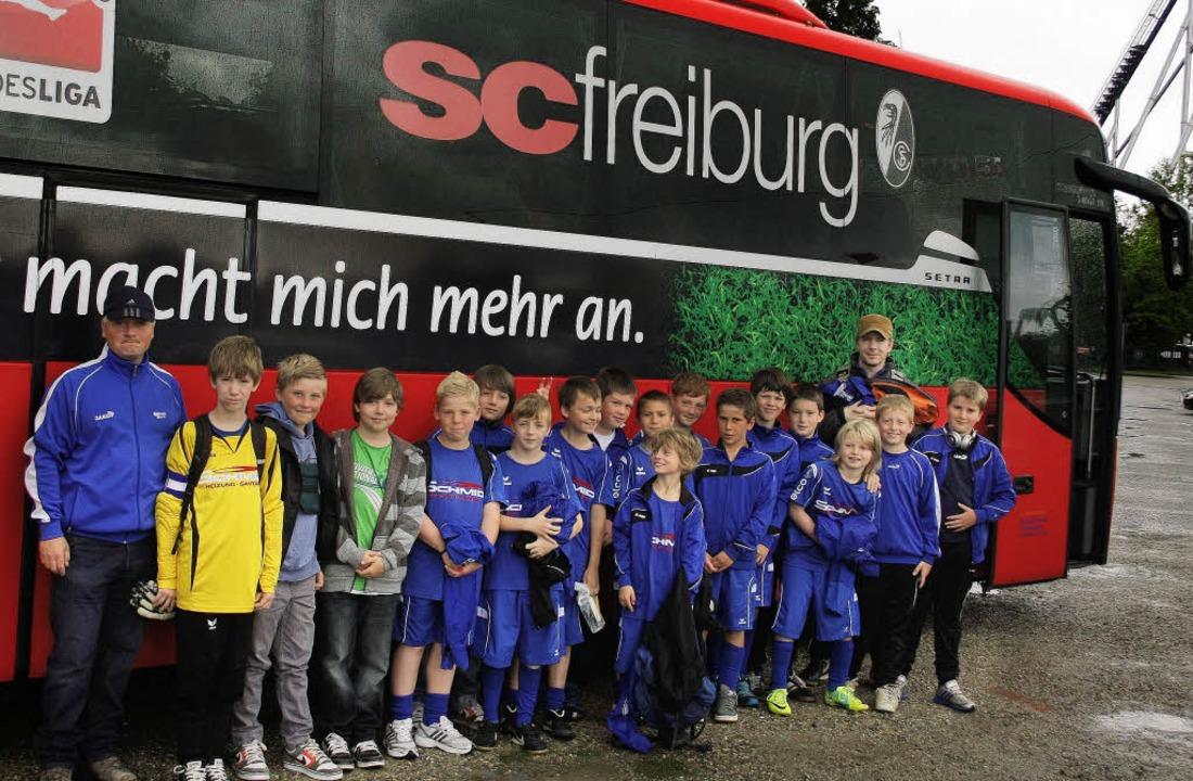 De E-Jugend der Sportfreunde Oberried ...nern Michael Dold und Michael Martin.   | Foto: Privat