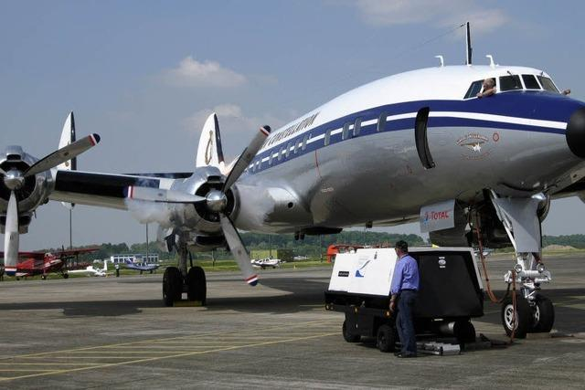 Oldtimer-Flugzeug macht wieder in Lahr Station