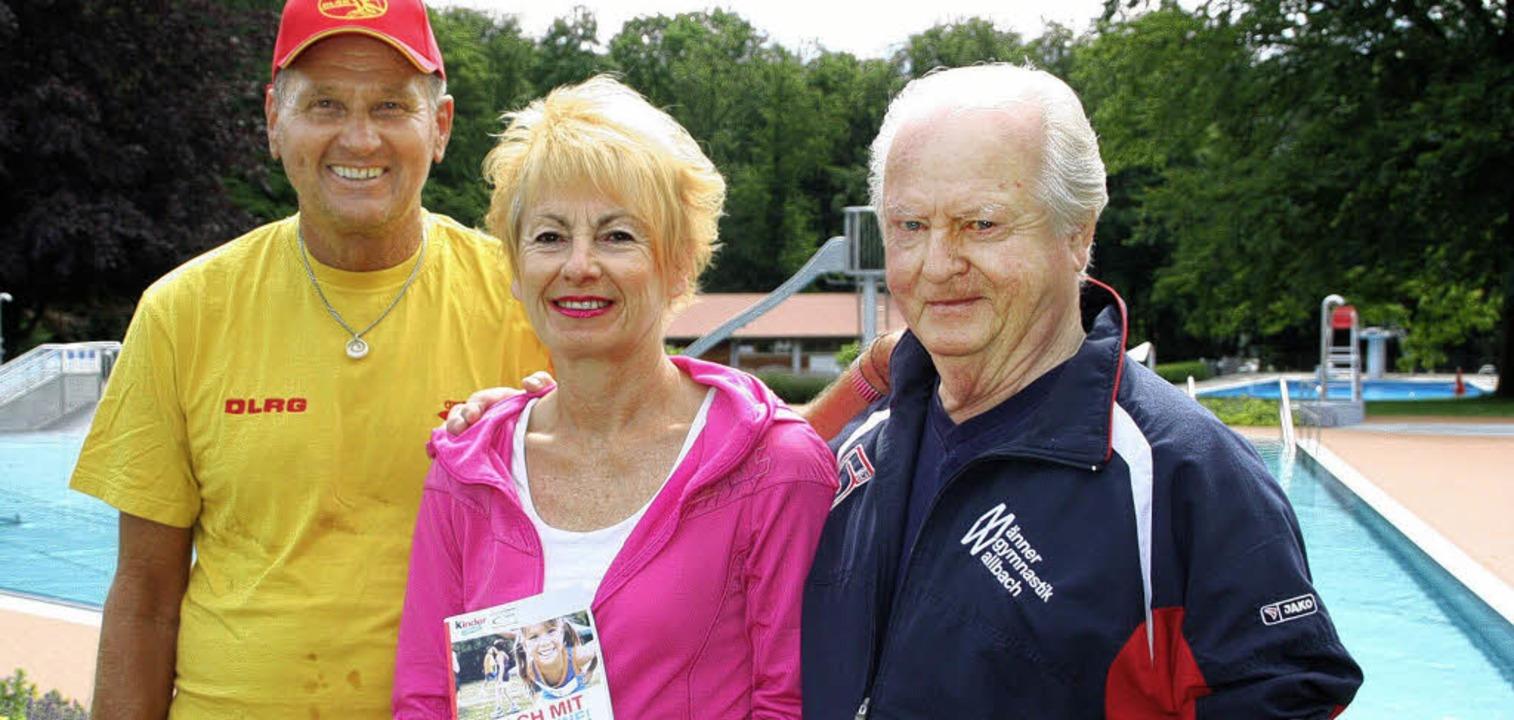 Volkmar Krause, Brigitte Burkhart und ...r das Sportabzeichen in Bad Säckingen.  | Foto: Jörn Kerckhoff