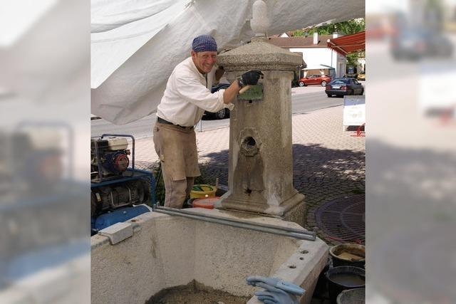 Freude über Brunnensanierung