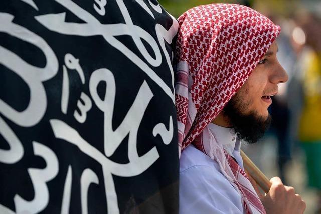 Salafisten in Deutschland – wie gefährlich sind sie?