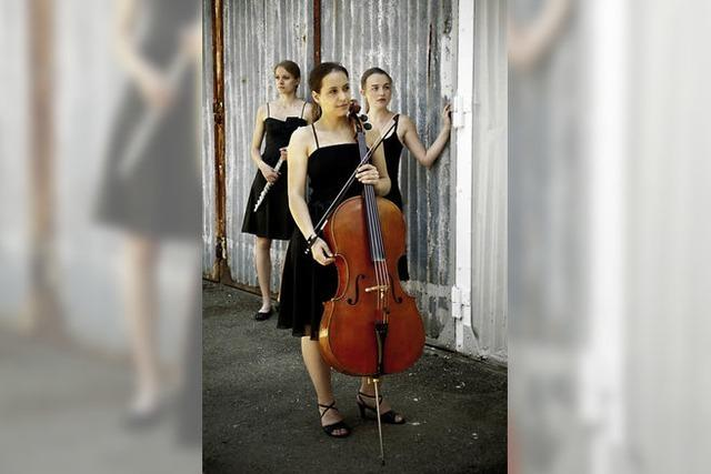 Trio Quer-Strich im Depot K.