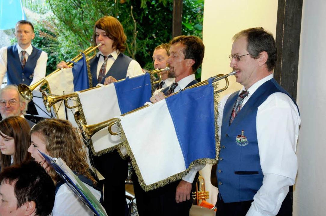 Posaunen der Stadtmusik kündigten beim...n Beginn der vier Jubiläumswochen  an.  | Foto: Dietmar Noeske