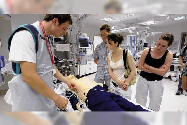 Uniklinik Freiburg: Wo es im Notfall Hand in Hand geht