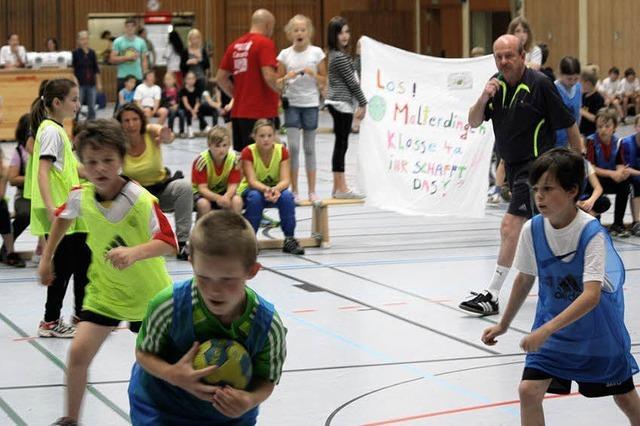Frühzeitig Interesse wecken am Handballsport