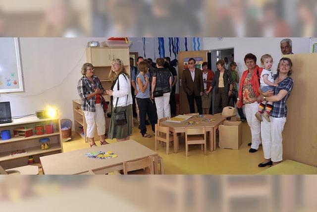 Neue Krippe im Gemeindehaus St. Bernhard eingeweiht