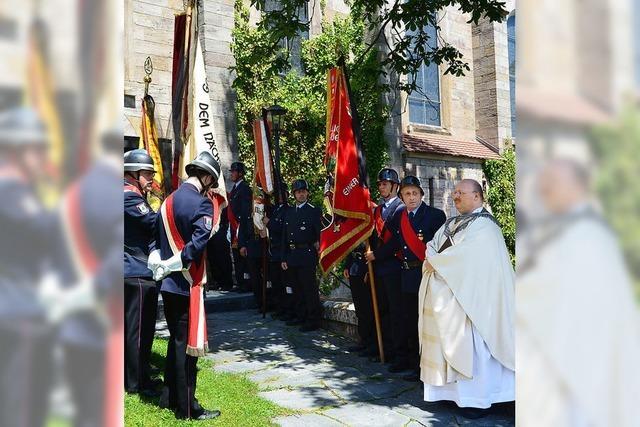 Große Trauergemeinde erweist Simon Neipp die letzte Ehre