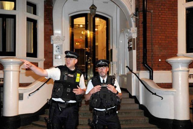 Wikileaks-Gründer Assange beantragt Asyl in Ecuador