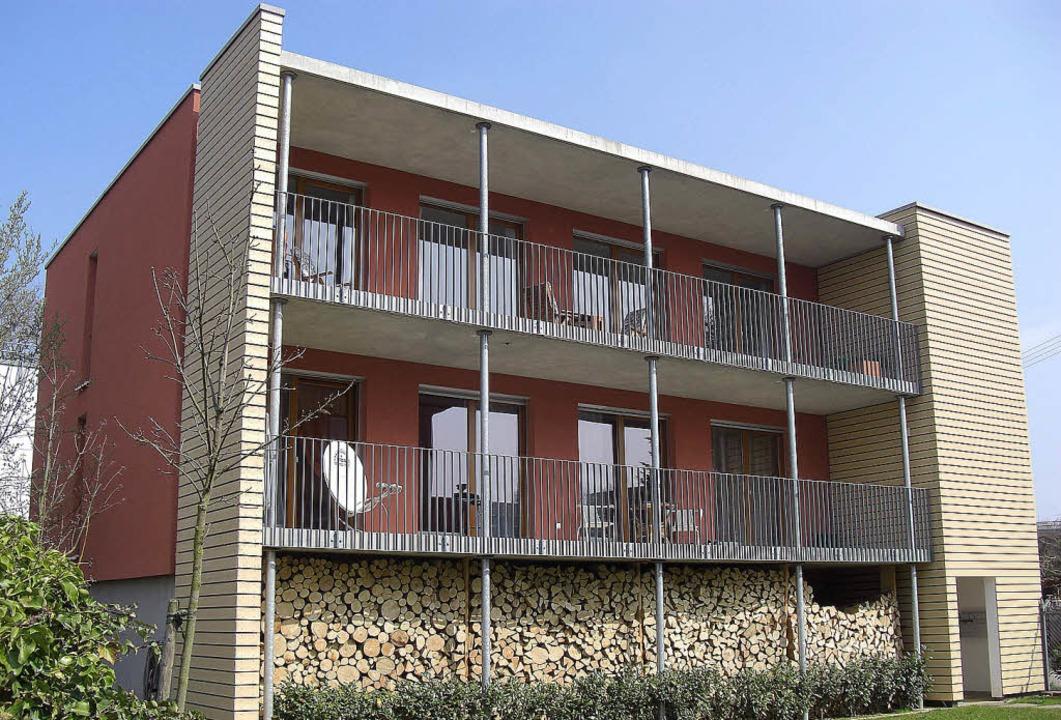 Erste Station der Besichtigungstour: e...bautes Zweifamilienhaus in Emmendingen  | Foto: Büro Völker