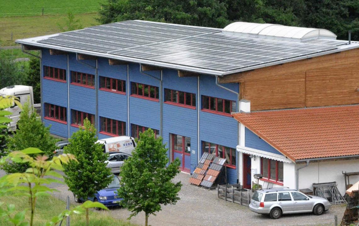 Das neueste Bürgersolar-Projekt: die P...kanlage auf dem Dach der Zimmerei Kühn  | Foto: Peter Gerigk