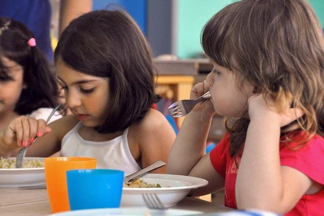 Am Essen für Kinder wird oft gespart