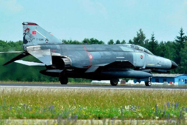 Abschuss von Militärjet: Krach zwischen Türkei und Syrien