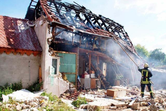 Mann stirbt bei Explosion eines Wohnhauses