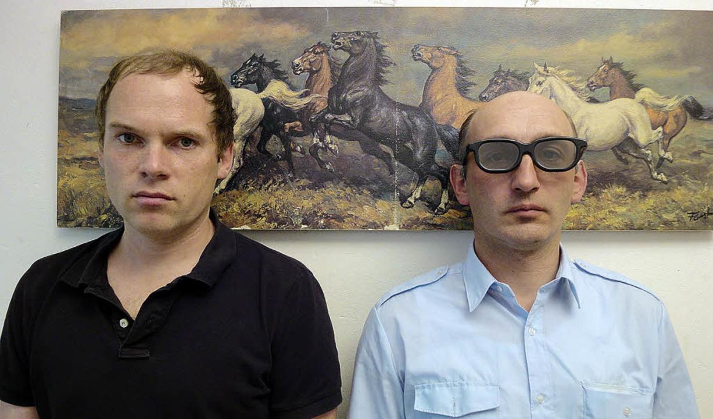 Mense Reents (links) und Jakobus Siebels sind Die Vögel   | Foto: promo