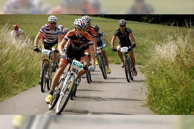 Biker treten wieder kräftig in die Pedale
